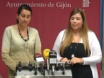 La concejal Mayte Menéndez e Inma Fernández durante la rueda de prensa