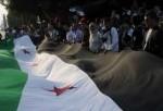 Manifestantes pidiendo la democrácia en Siria